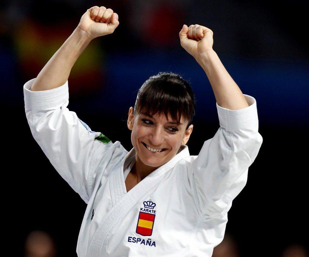 Las karatecas españolas arrasan en París con tres medallas