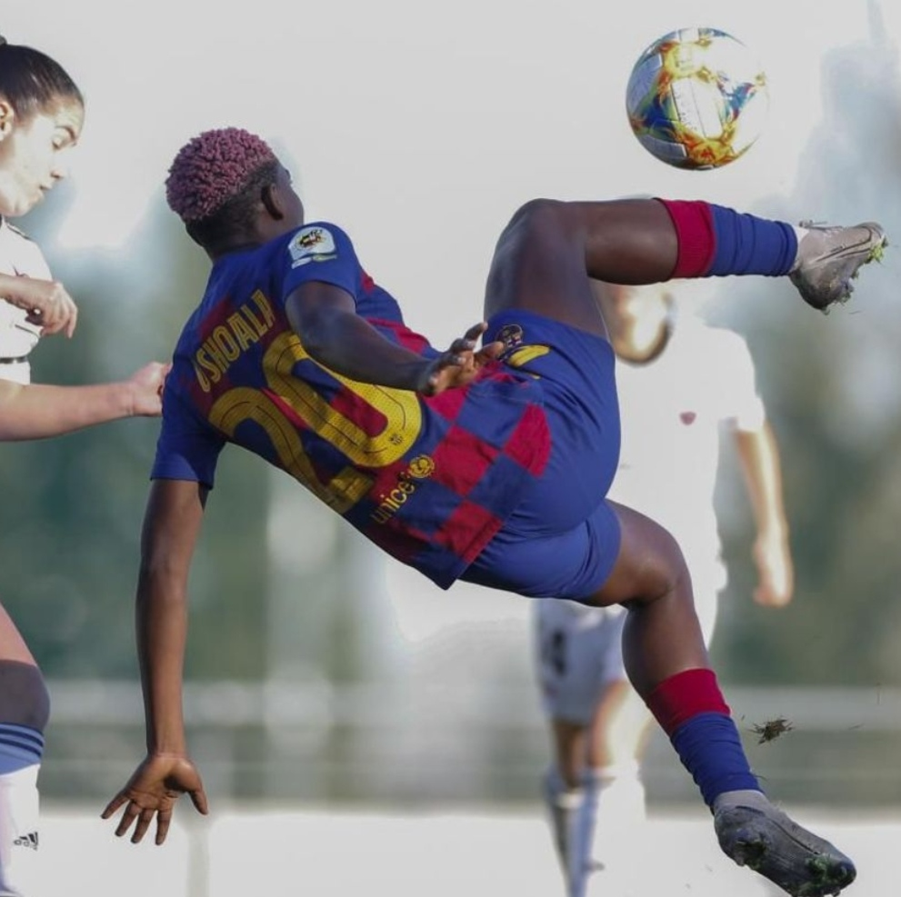 El Barcelona golea al CD Tacón