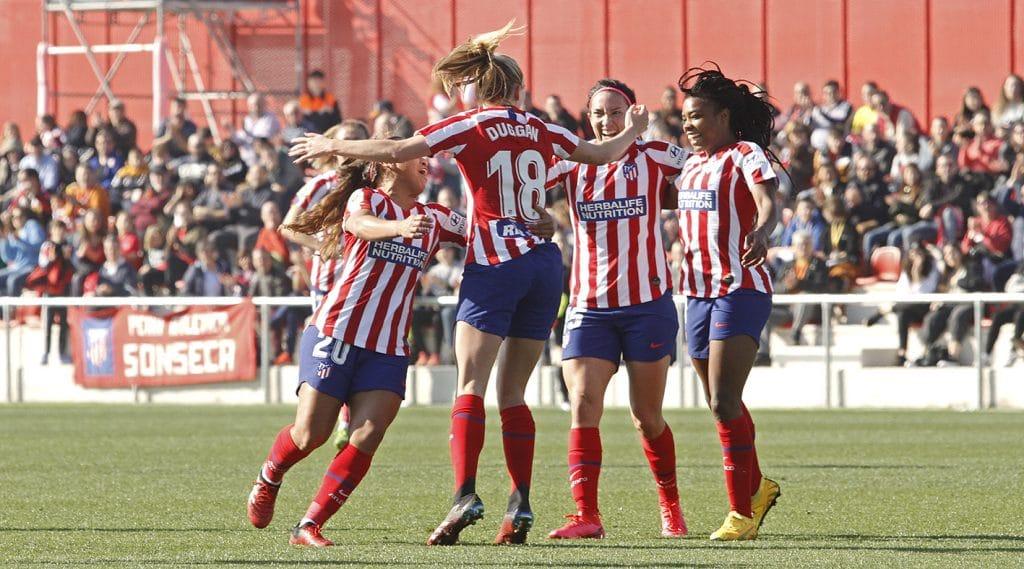 El Atlético consigue ganar con goleada en casa