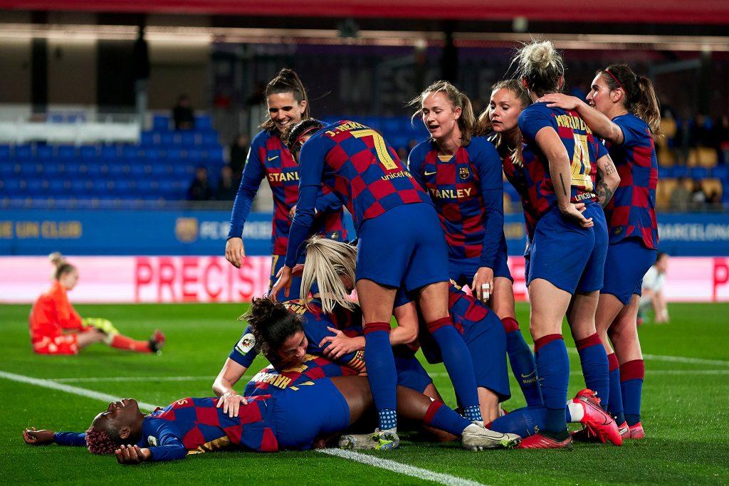 El Barcelona elimina al Depor en el último minuto de la prórroga
