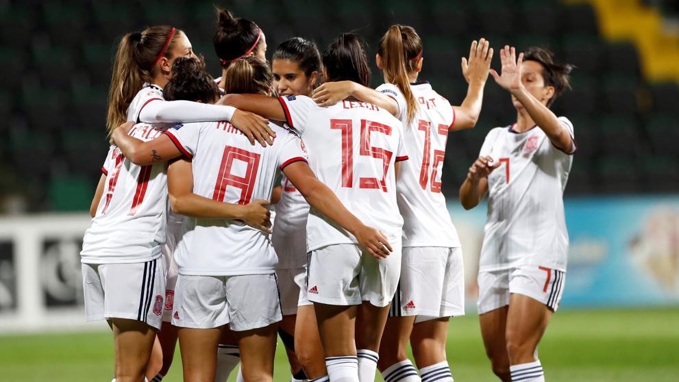España lidera el grupo tras una victoria cómoda ante Moldavia