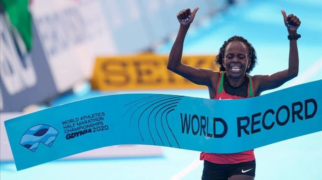 Jepchirchir bate récord en el Mundial de Media Maratón