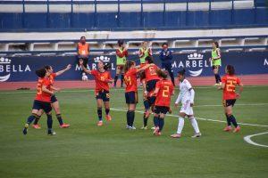 España gana a México 3-0 en su primer enfrentamiento