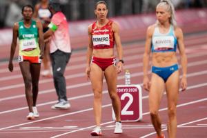 Natalia Romero y Teresa Errandonea finalizan su participación en atletismo
