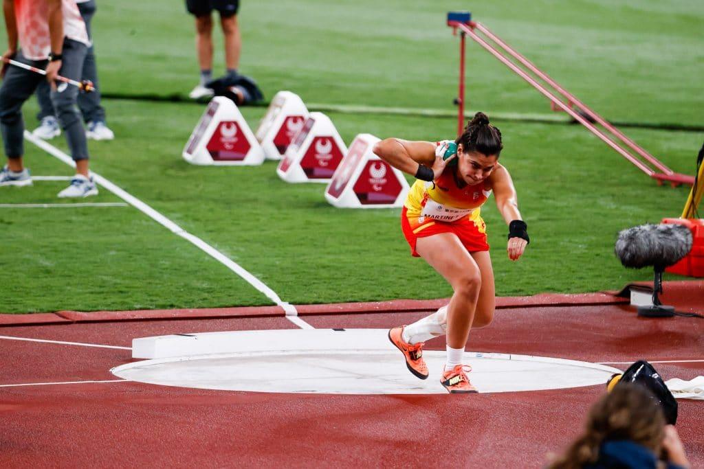 Miriam Martínez, plata en lanzamiento de peso